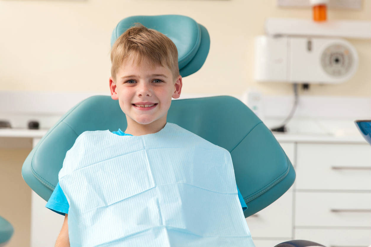 St. Louis child at dentist